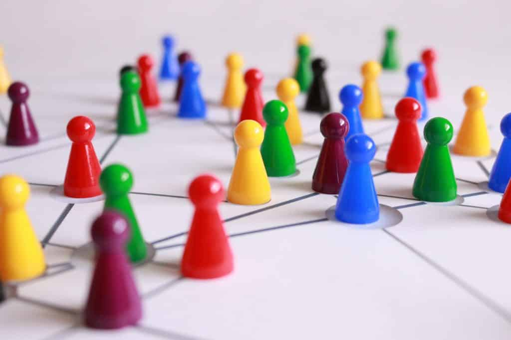 network of play figures